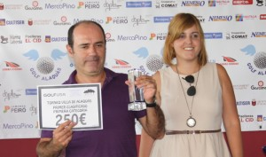 El ganador Luis Marco Timoteo junto con Ana Castillo de Banco Mediolanum